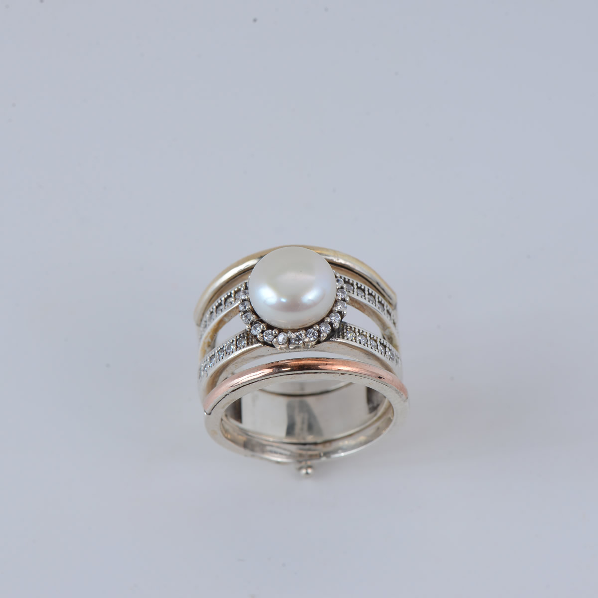 Elegant Sterling Silver Ring with Goldtone Plating and Fresh Water Pearl