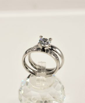 STAINLESS STEEL RING SILVER TONE (2 RINGS)