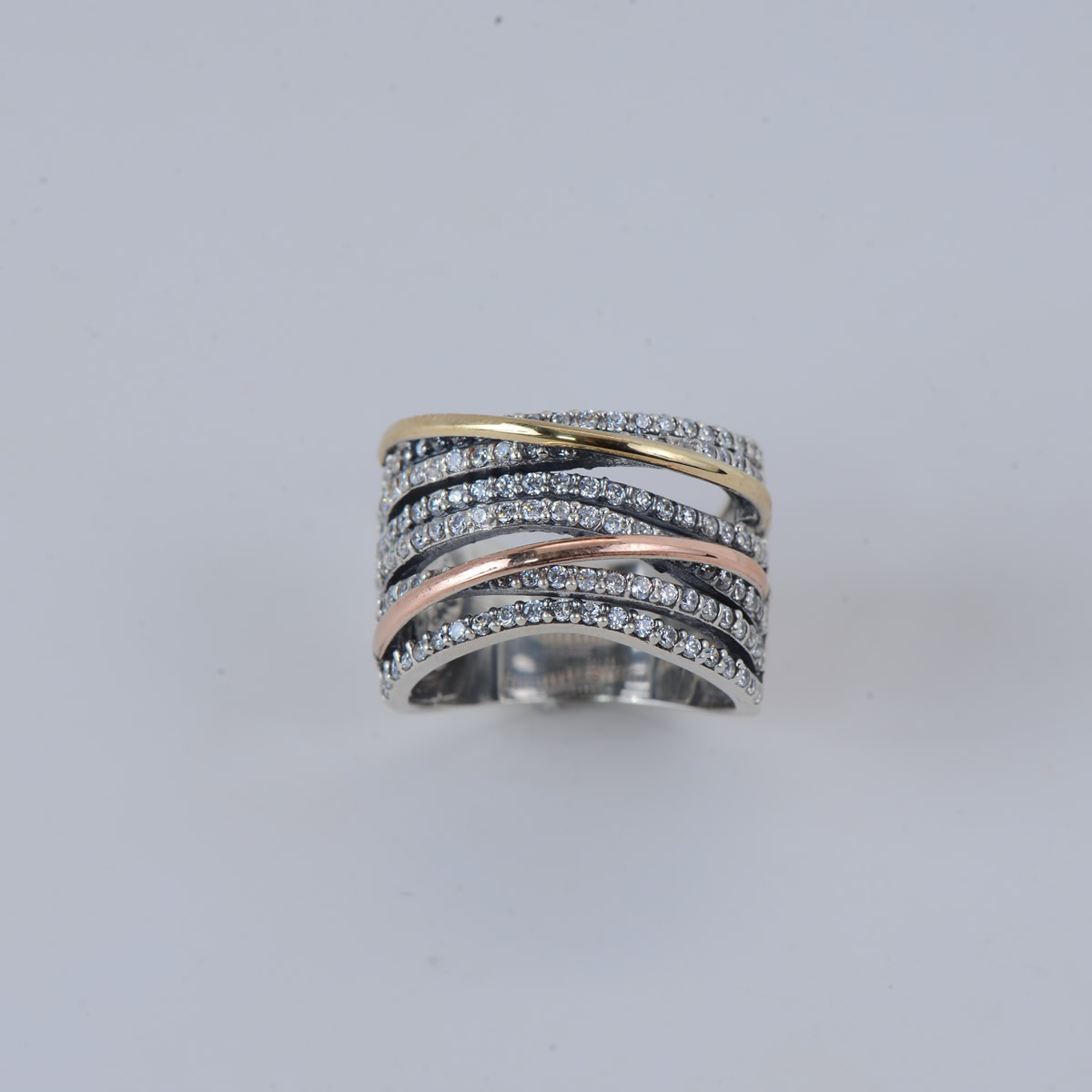 Elegant Sterling Silver 9.25 Ring with Gold-and Rosėplating
