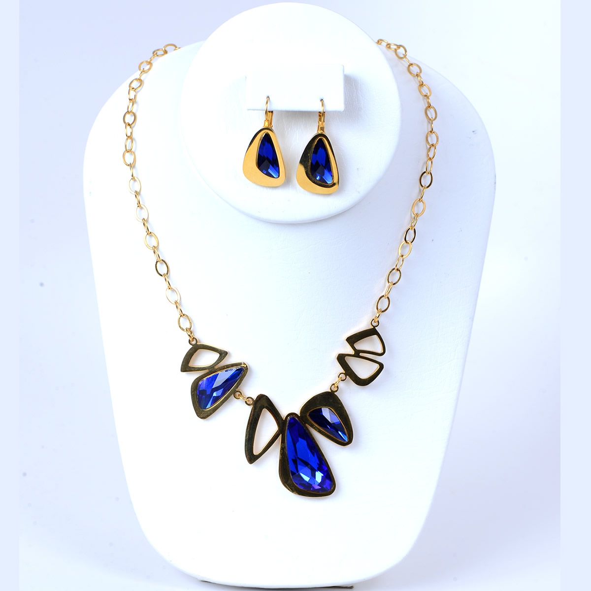 Elegant Deep Blue Stone Necklace Set