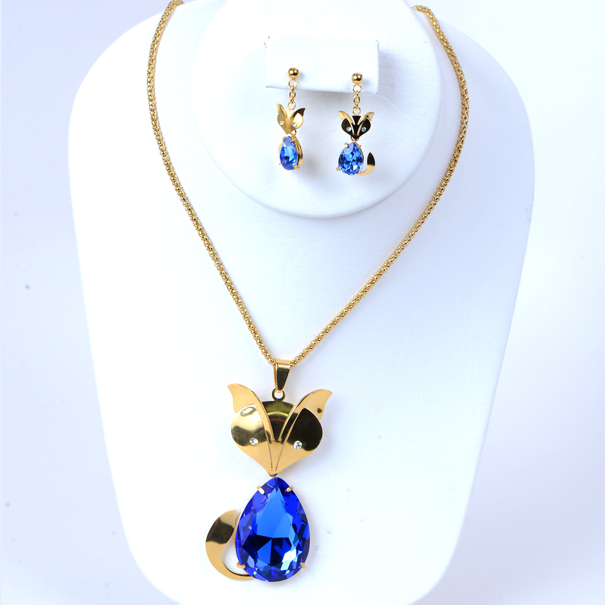 Crystal Rhinestone Cat Earrings & Pendant Necklace Jewelry Set